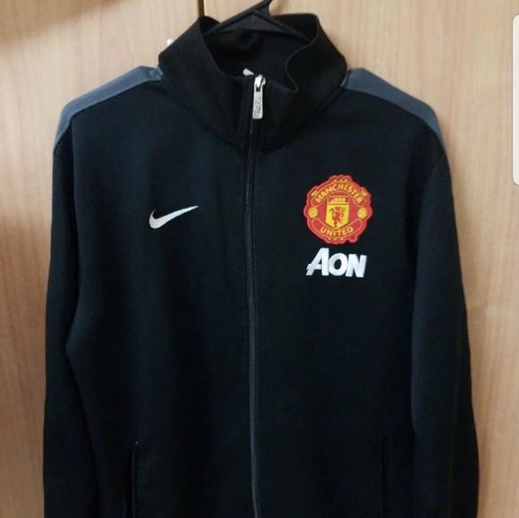 pintor luces cilindro  Nike Jackets & Coats | Manchester United Jacket | Poshmark
